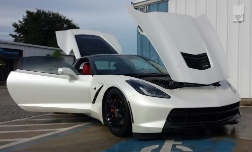 2014 C7 Corvette Dipped Balloon White Pearl with Gloss Black Accents