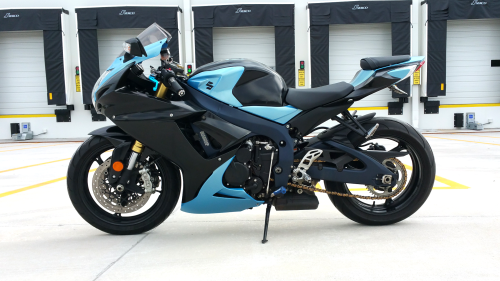 Tiffany Blue Pearl GSXR