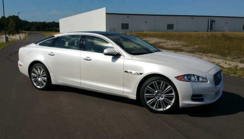 XJL Jaguar dipped in Pearl White